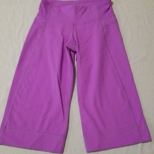 Lululemon wide leg purple crops 2